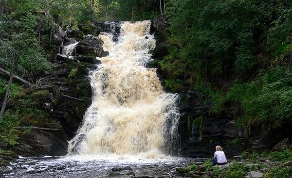Семь фактов о водопадах Карелии