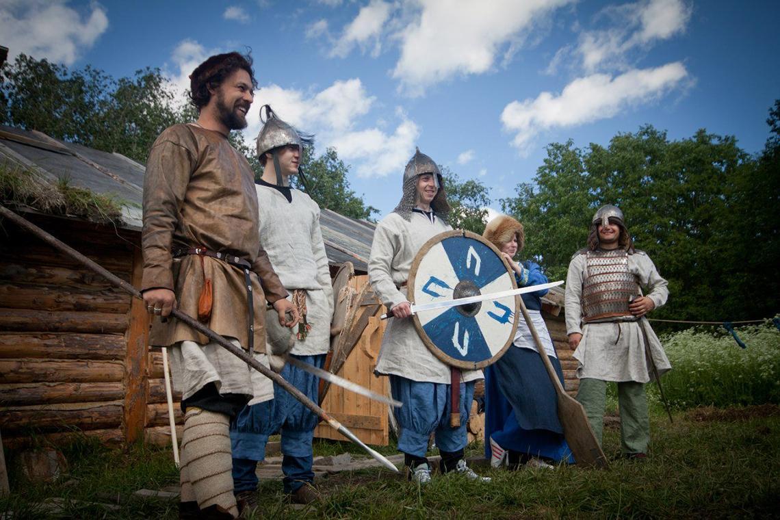 Фото деревни викингов