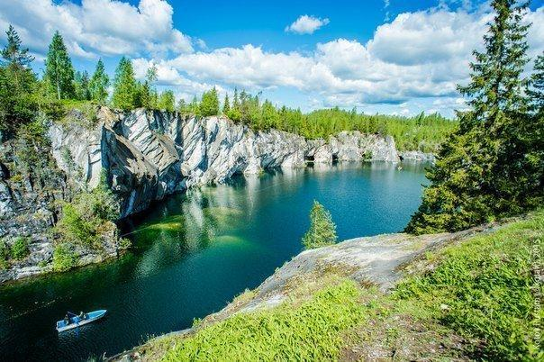 Фото Изумрудного озера
